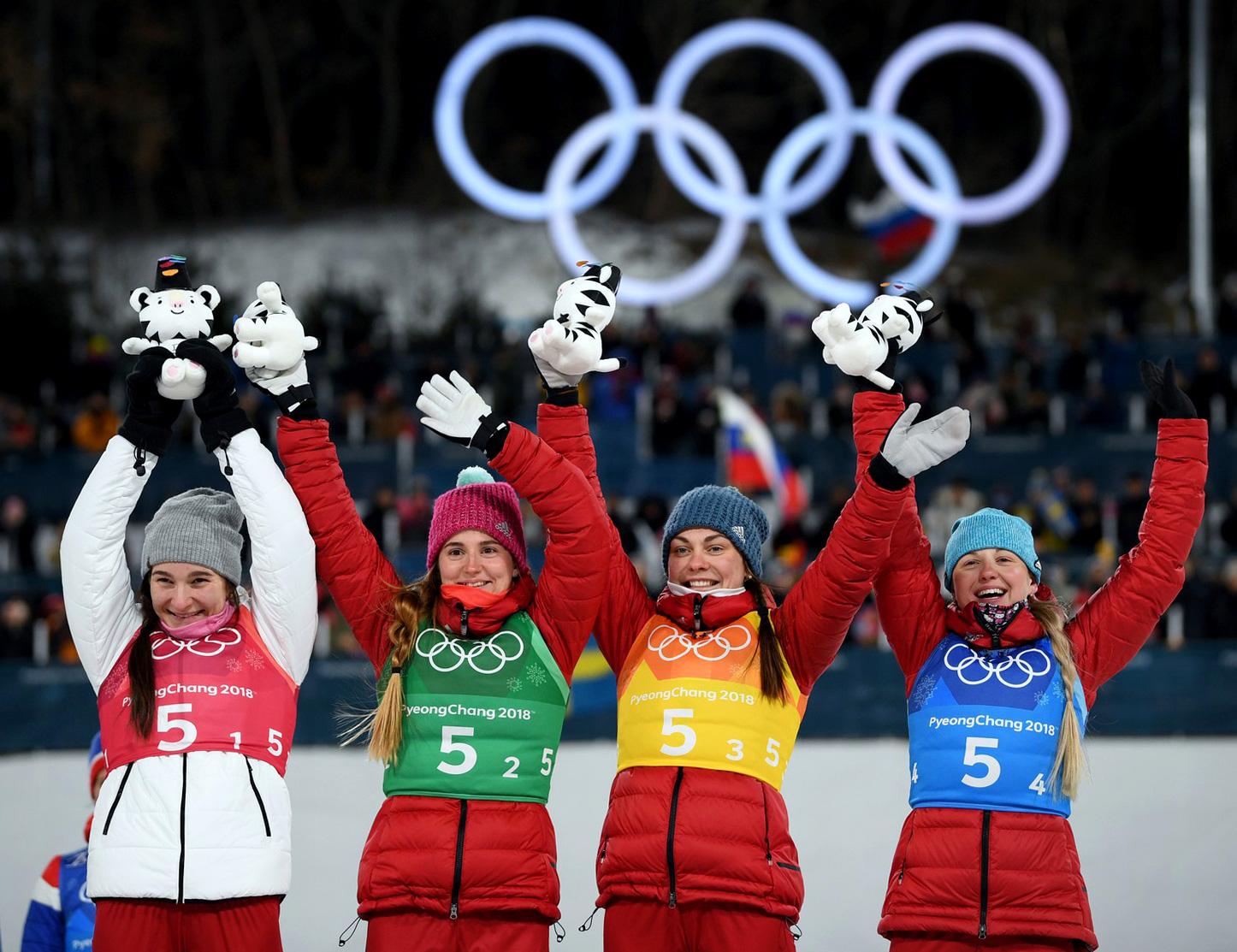 Сборная российских лыжниц
