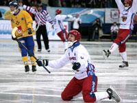 Хоккей с мячом. Россия-Швеция.