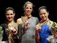 Алена Леонова (Россия), Каролина Костнер (Италия), Акико Сузуки (Япония)