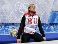 Евгений Плющенко снялся с турнира одиночников!