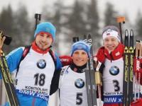 Антон Шипулин (Россия) – серебряная медаль, Эрик Лессер (Германия) – золотая медаль, Тарьей Бё (Норвегия) – бронзовая медаль (слева направо)