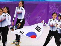 Корейские шорт-трекистки выиграли эстафету на 3000 м